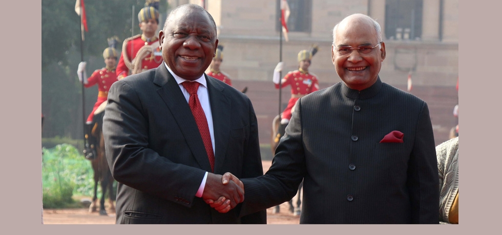 President Kovind with President Ramaphosa at Rashtrapati Bhawan, India